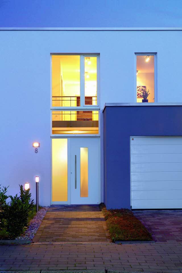 neuigkeiten h rmann aluminium haust ren. Black Bedroom Furniture Sets. Home Design Ideas