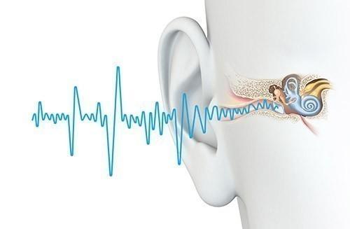 Schall trifft auf Ohr